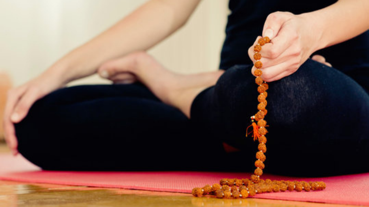 Benefits of wearing Rudraksha in addition to chanting.