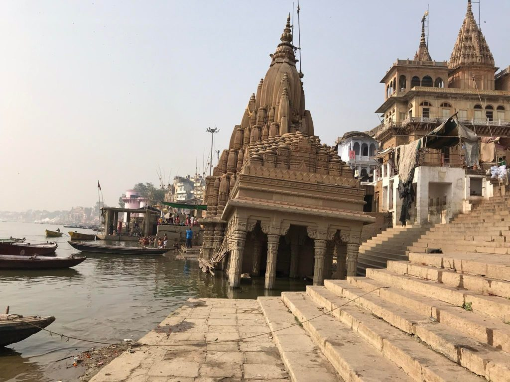 The leaning temple of Varanasi!